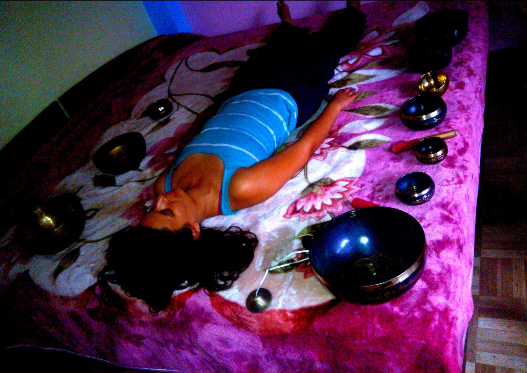 tibetian singing bowls sound healing in india