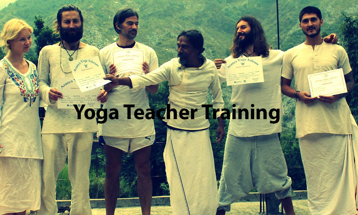 200-RYT-at-Aranya-Yoga-Ashram-in-India
